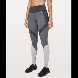 """Lululemon Early Extension HR Tight """"28"""" Size 4"""